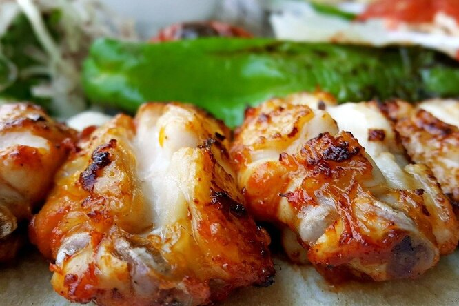 Как приготовить шашлык. 20 рецептов изразного мяса, рыбы, морепродуктов, овощей
