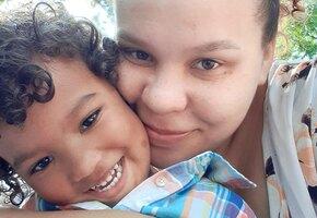 Никто не заметил: женщина случайно нашла ребенка, сбежавшего из детского сада