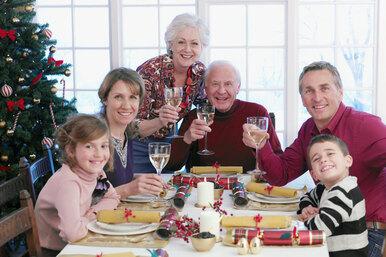 Веселые семейные праздники: советы отэксперта