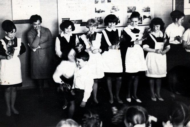 Церемония последнего звонка, 1968 год.