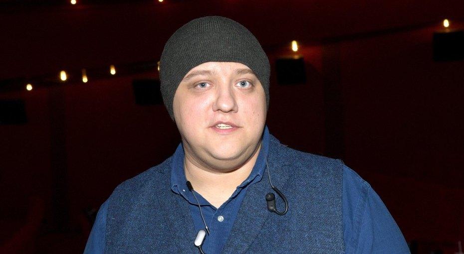 Актер сериала «Полицейский сРублевки» Роман Попов похудел на40 килограммов