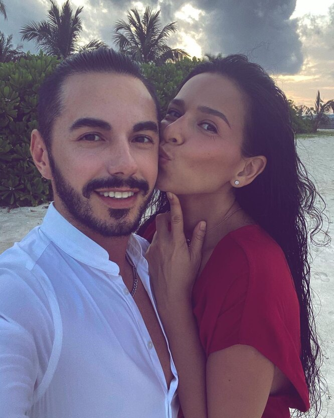 Тимур Родригез с женой Анной. Фото из личного архива