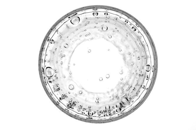 5 мифов опользе обильного питья. Два литра вдень вам пить ненужно!