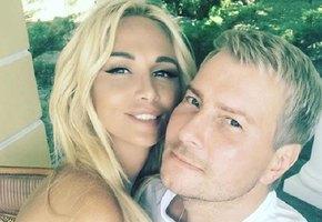Все еще пара? Николай Басков и Виктория Лопырева впервые вместе вышли в свет