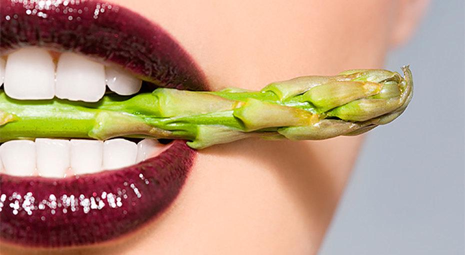 «Домашний Очаг» тестирует отбеливание зубов: это работает?