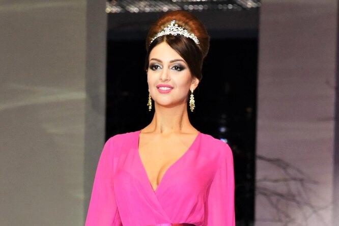 Экс-жена короля Малайзии Оксана Воеводина похудела изапускает бьюти-проект