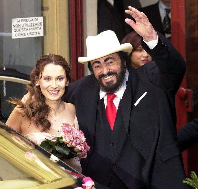 Лучано Паваротти и Николетта