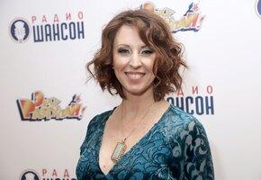 Какое платье! Наталья Сенчукова отмечает 50 день рождения