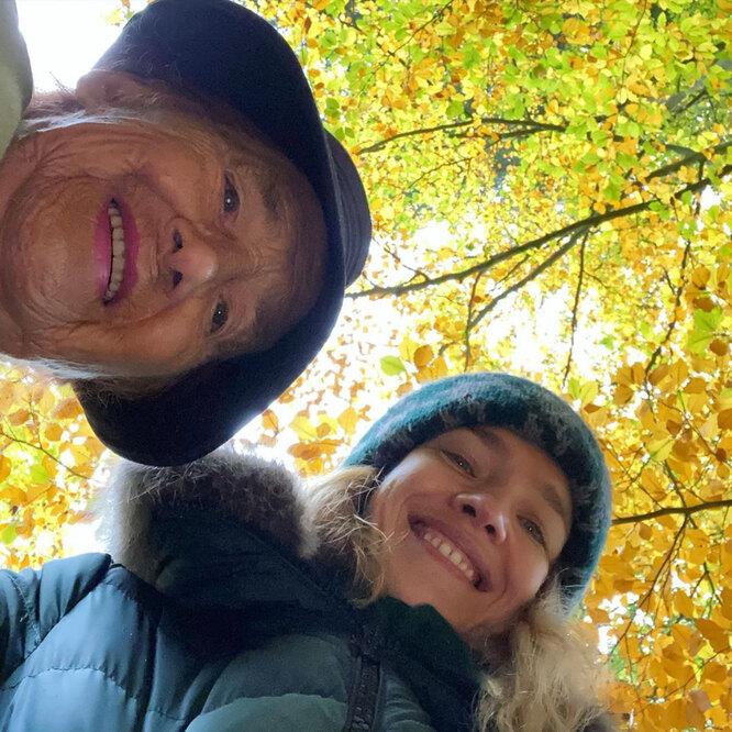 Наталья Водянова с 90-летней бабушкой