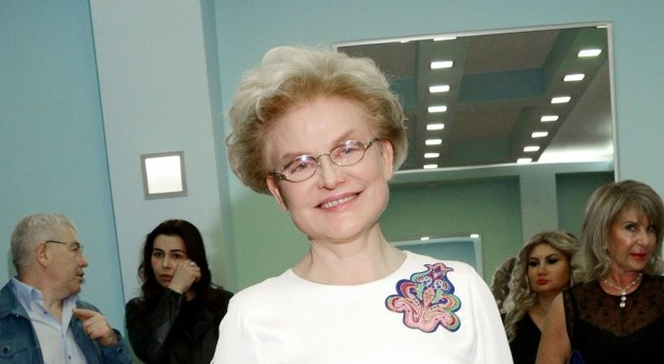 «Вы слышали оврачебной тайне»: Елена Малышева поразила подписчиков видео сэпилептическим приступом