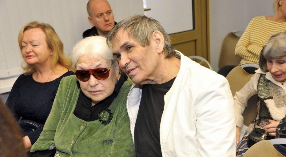 «Квартиру уЛидии украли»: 71-летний Бари Алибасов раскрыл причину женитьбы на80-летней Федосеевой-Шукшиной