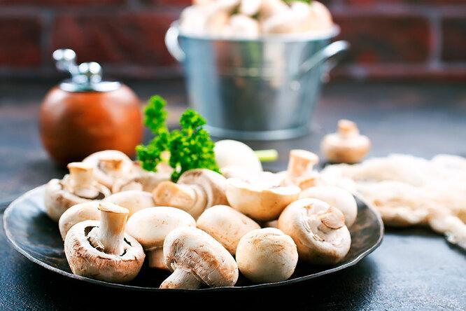 Рецепты сшампиньонами: биточки, салат, суп-капучино, грибы фаршированные