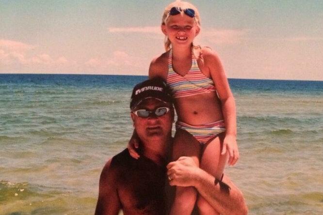 Отец умер 4 года назад, но девушка досих пор получает отнего трогательные поздравления всвой день рождения