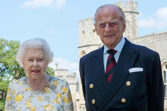 Носил любимые вещи по50 лет, любил перчёные шутки: 7 фактов омуже Елизаветы II