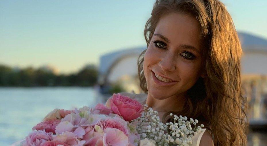 «Приключения начинаются»: Юлия Барановская повезла детей вКамбоджу