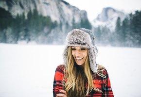 8 способов защитить волосы от холода этой зимой