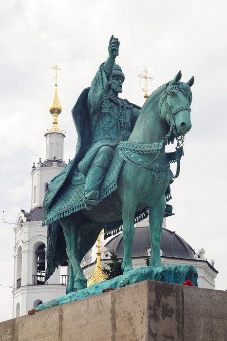Памятник основателю города царю Ивану Грозному, г. Орел