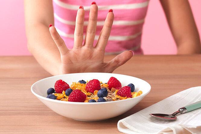 За ипротив: можно ли есть углеводы назавтрак