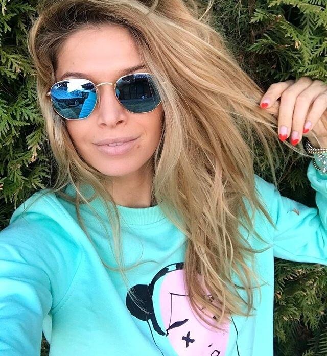 instagram.com/ververa