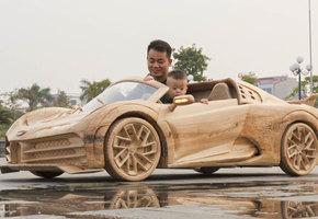 Вьетнамец 40 дней вырезал из дерева точную копию Bugatti — и она движется!