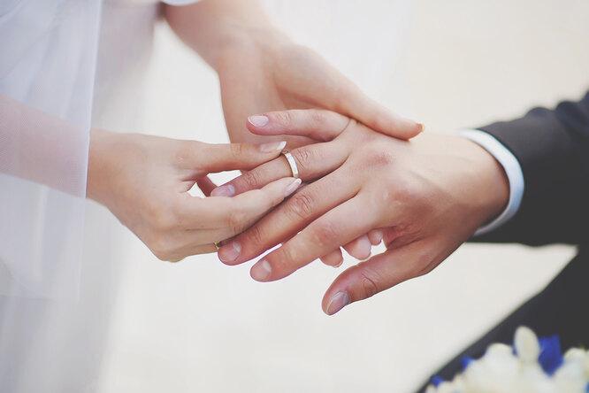 21 год супружества — «опаловая свадьба»: традиции, как отмечать, что подарить