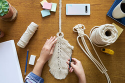 Макраме снова втопе модных хобби: что сейчас плетут игде так научиться?