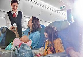 Авиаперелет с детьми: 10 лайфхаков от опытных родителей