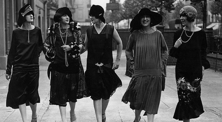 По следам Коко Шанель: 5 советов, как подобрать идеальное платье