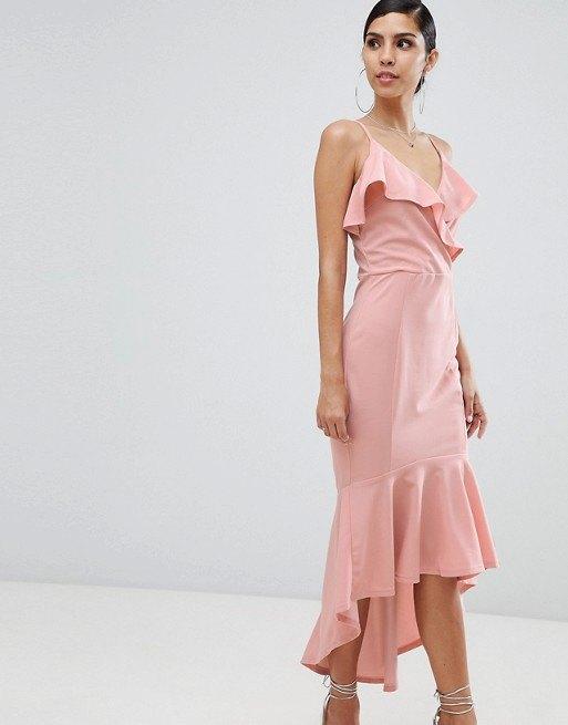 девушка вплатье
