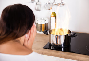 Огнеопасно! 12 обычных вещей, которые могут вызвать пожар