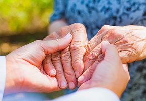 Ученые из Израиля создали лекарство, полностью устраняющее симптомы болезни Альцгеймера