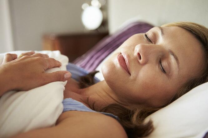 Как правильно выбрать подушку длясна?