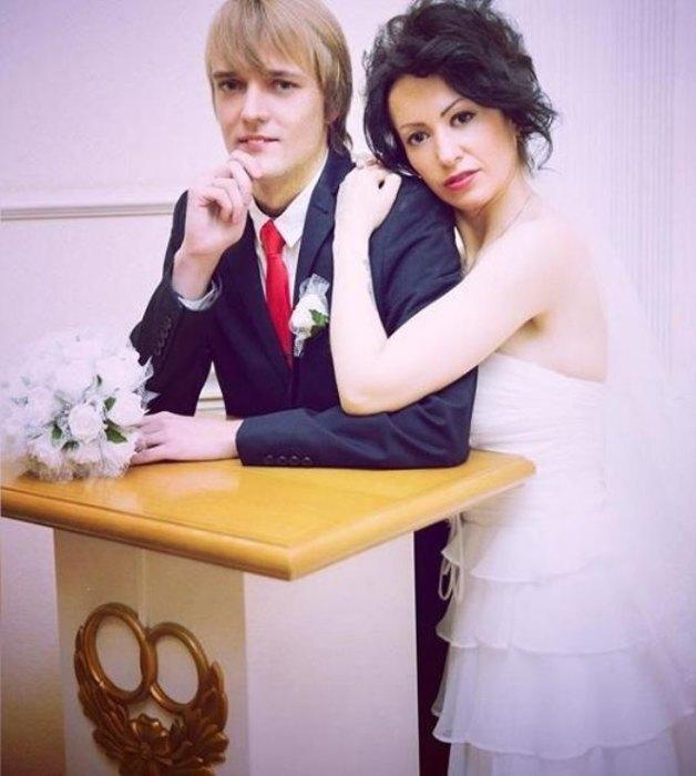 Сергей, сын Сергея Зверева, с женой