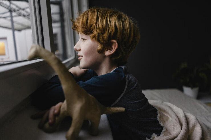 Тревожное расстройство у ребенка: что это и как себя вести? Отвечает эксперт