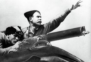 Храбрые сыновья и дочь-коммунистка легендарного Чапаева: кем стали дети комдива?