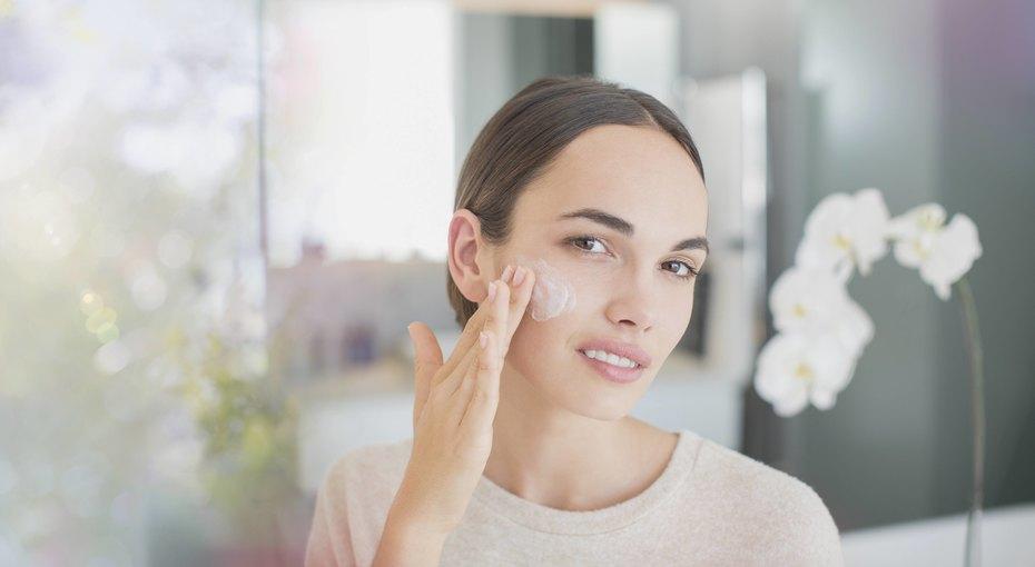 Весеннее обновление: 5 советов косметологов длякрасоты исвежести кожи