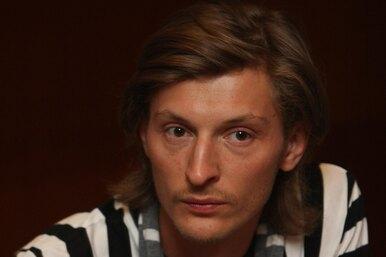 Павел Воля — супруге: «В моей холостяцкой квартире ты единственная, кто убрался»