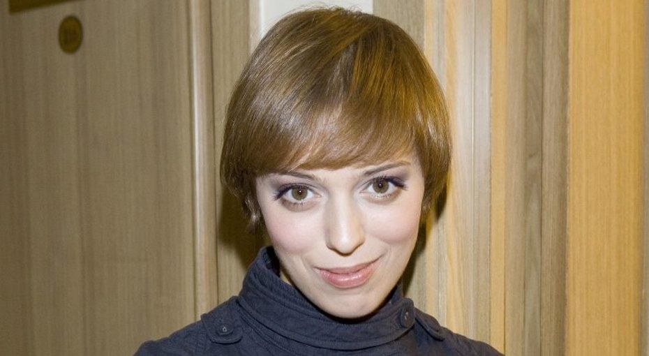 «Прекрасна слюбой прической»: Нелли Уварова постриглась почти налысо