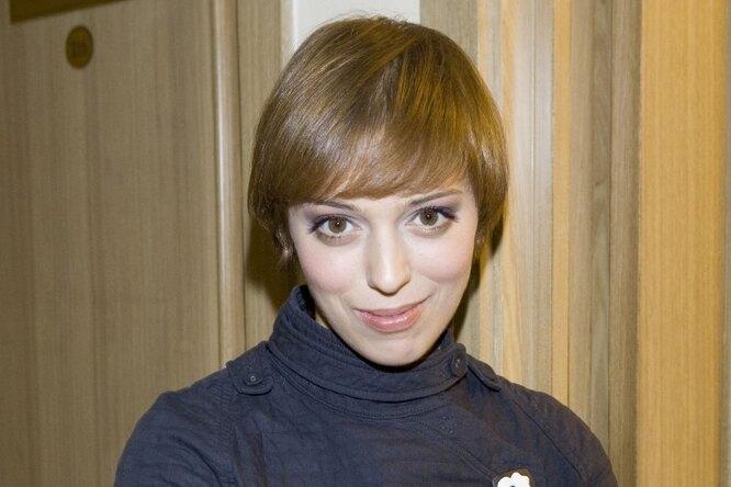"""""""Прекрасна с любой прической"""": Нелли Уварова постриглась почти налысо"""