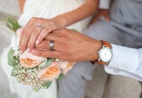 Невеста на 38 неделе беременности надела идеальное платье за 19 евро
