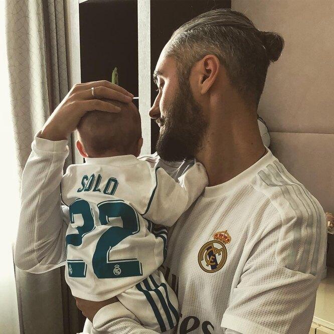 Мот с сыном Соломоном фото