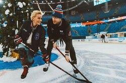 Жены хоккеистов — выходят налед, дерутся, снимаются вкино, играют втеннис
