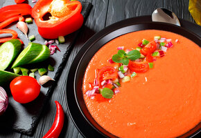 Еда, которую не нужно готовить: тартар, гаспачо и другие рецепты