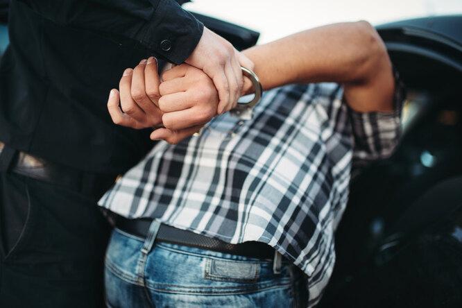 Челябинский школьник поймал иудерживал грабителя, избившего женщину