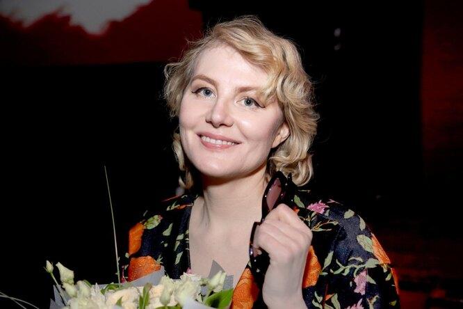 «Мы все перед ними виноваты». Рената Литвинова призвала заботиться о брошенных животных