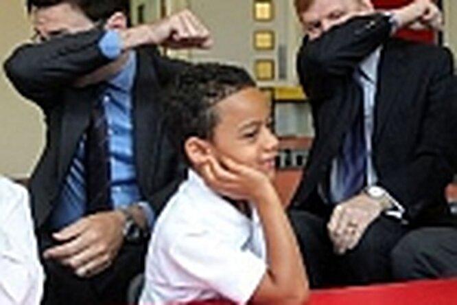 Министры научили детей чихать