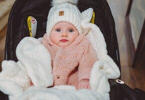 Пара нашла младенца в метро  – теперь он их любимый сын
