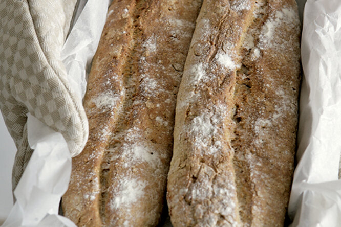 Ореховый закусочный хлеб с курагой