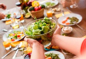 Модный тренд: свободные отношения с едой
