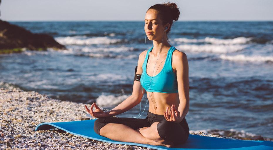 Йога напляже, карвинг иеще 6 видов хобби, которые стоит попробовать этим летом